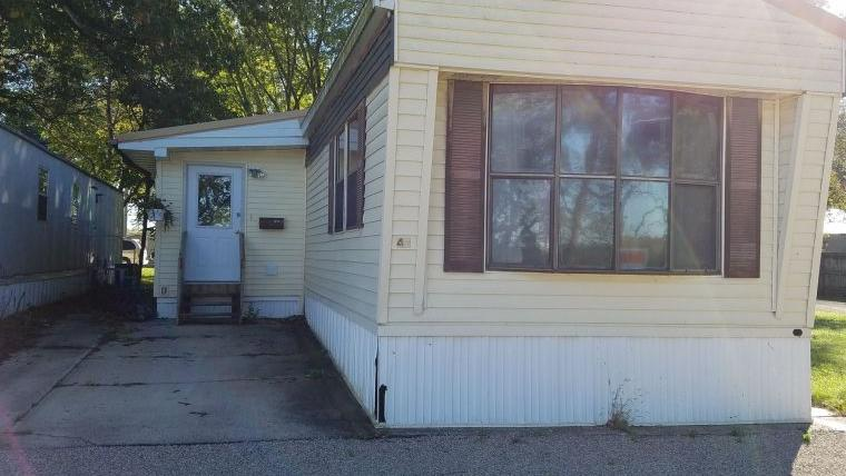 2 Bedroom, 1 bath Mobile Home For Sale Independence, IA