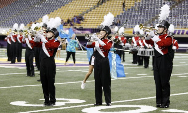 100413cc-cf-marching-band-02