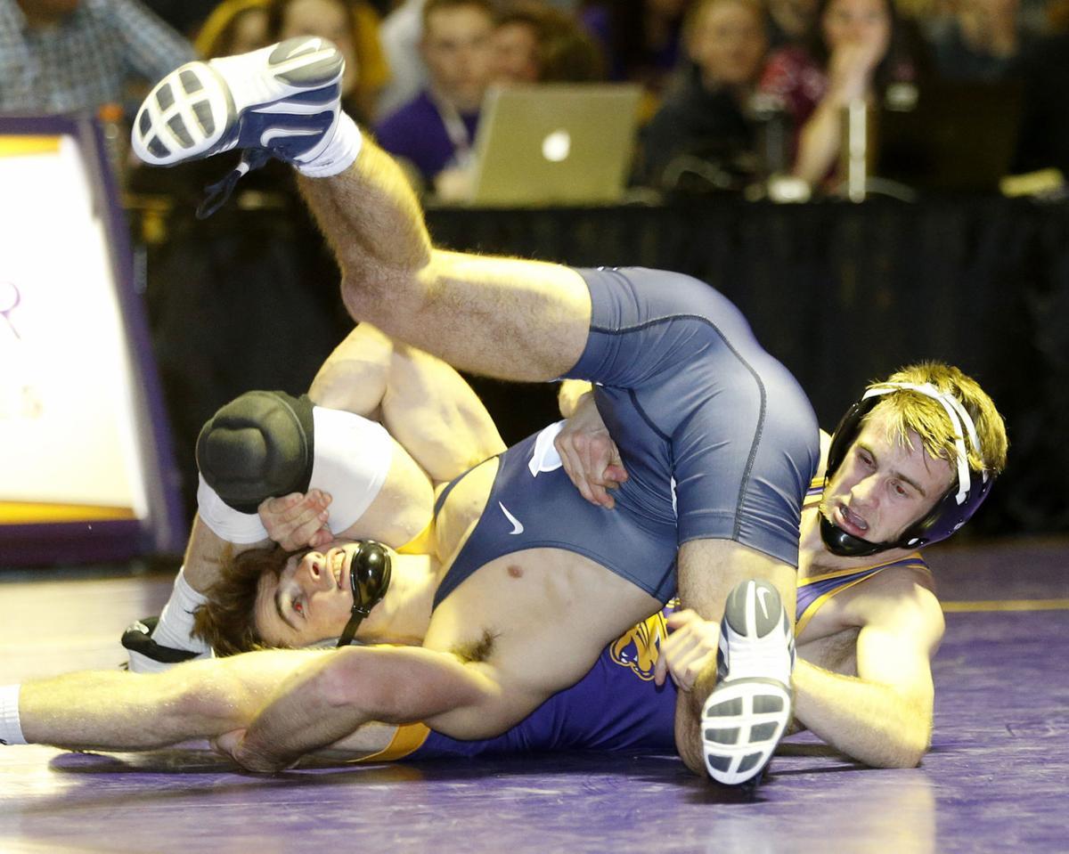 121817bp-UNI-UNC-wrestling-2