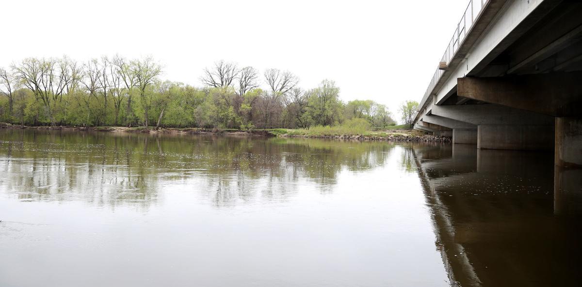 042919bp-cedar-river-218-1