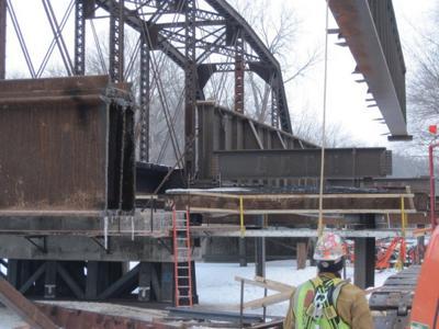 032511ho-rail-bridge5