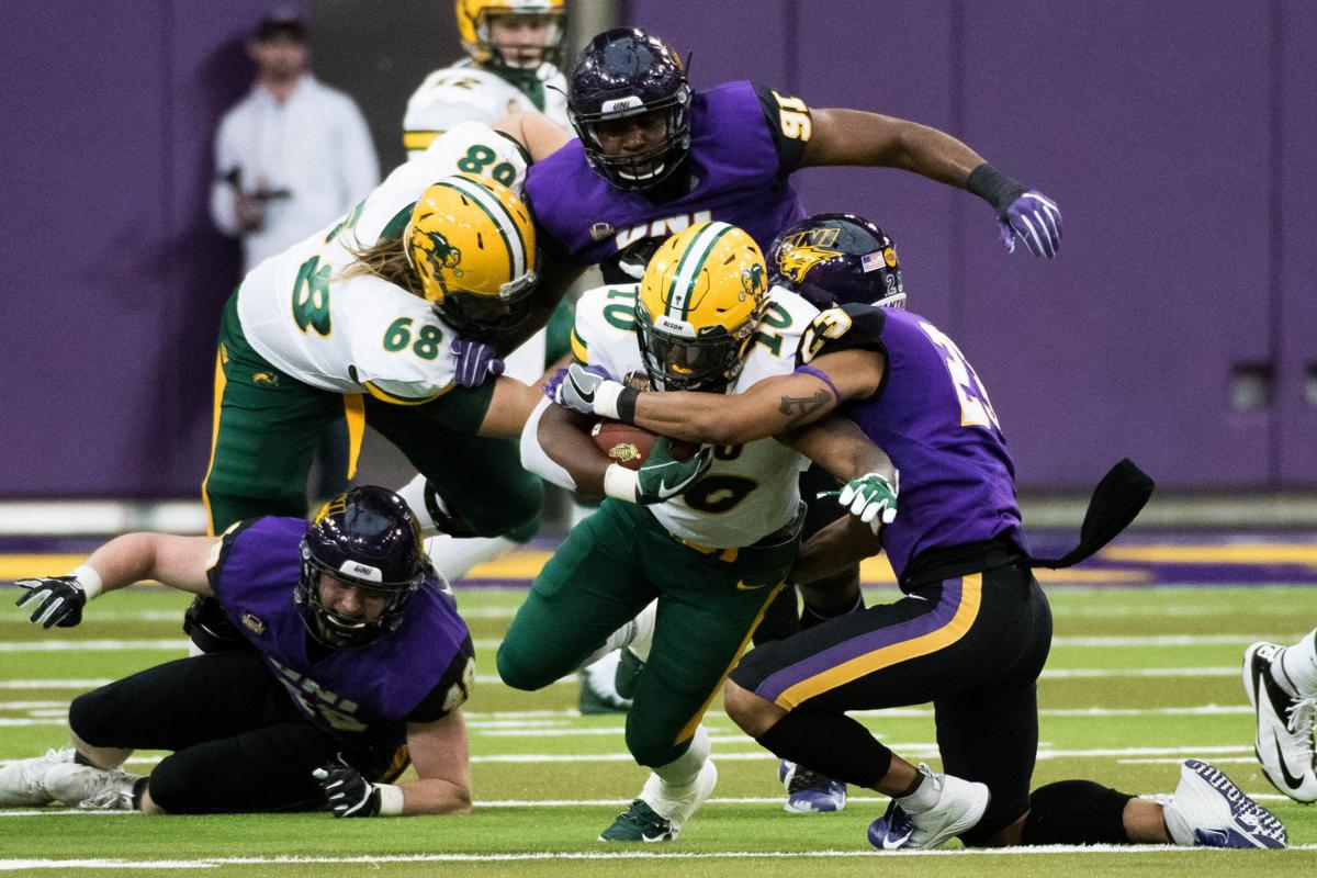 College football  No. 1 NDSU pulls away for win over No. 22 UNI d5f0e3f3f
