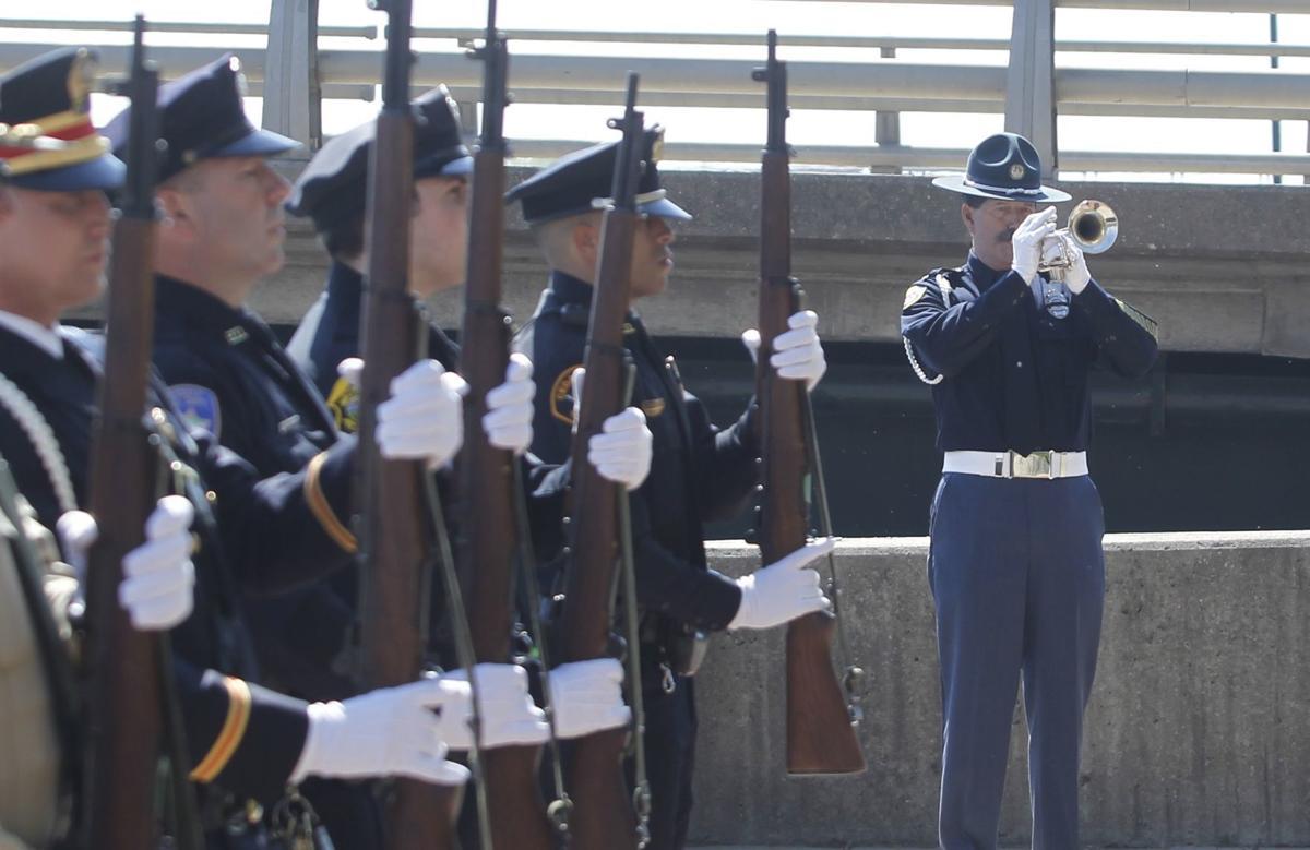 051519jr-officer-memorial-1