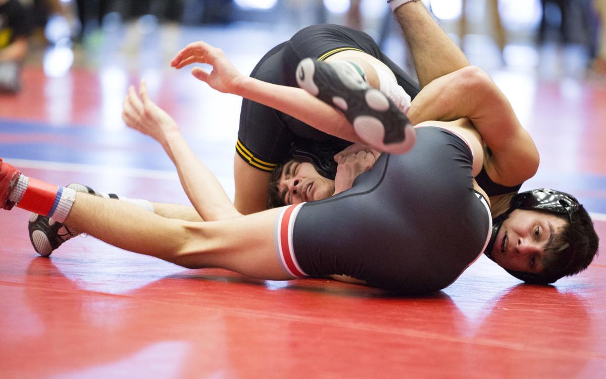 021520kw-district-wrestling-02
