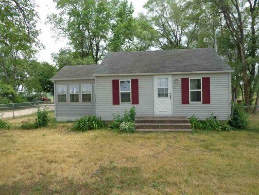 2 Bedroom Home in Cedar Falls - $79,000