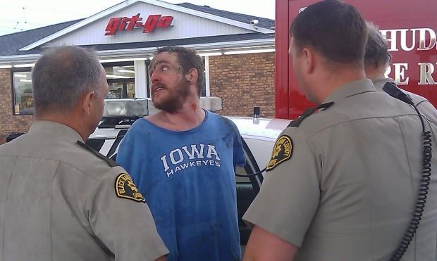 Photos black hawk county jail escapee captured after for La porte city jail