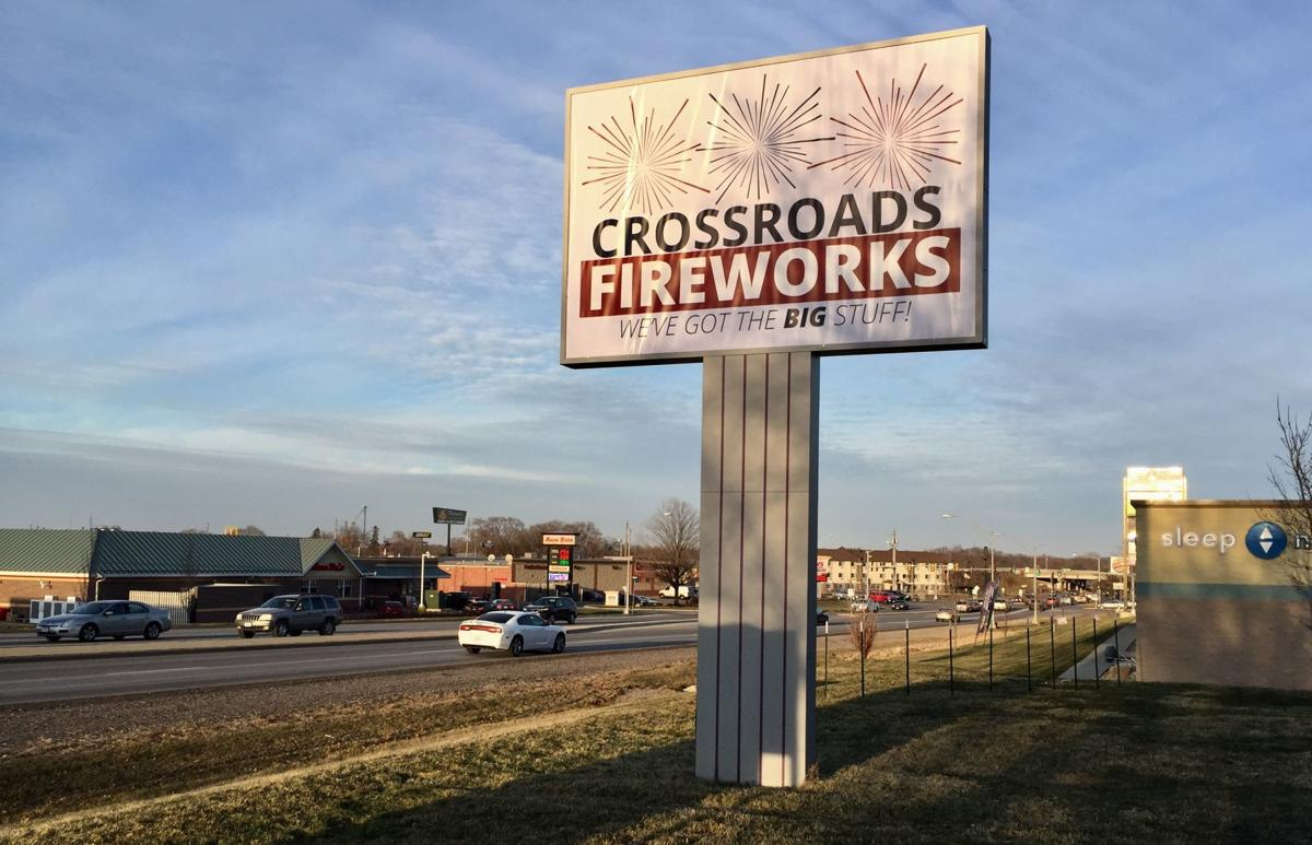 120817ho-crossroads-fireworks