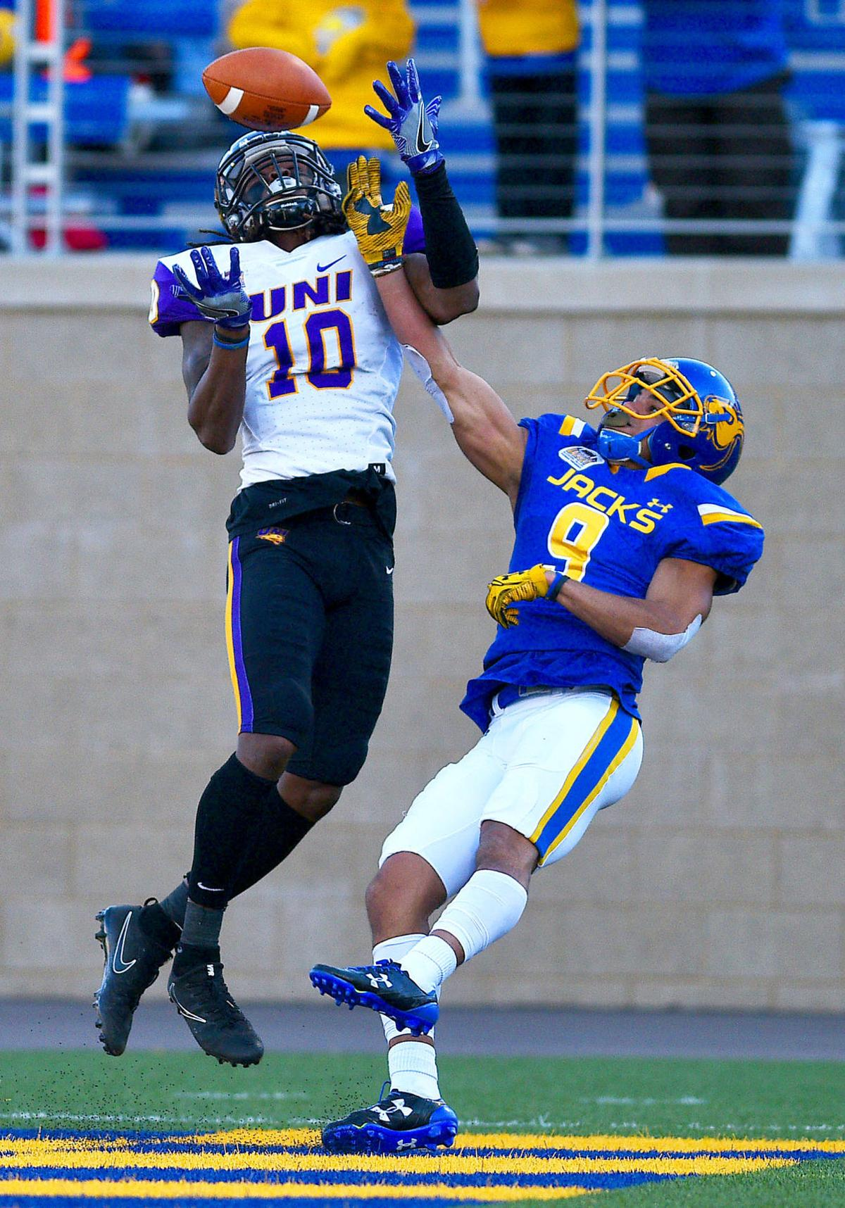 College football: UNI falls to SDSU in second-round of FCS playoffs, 37-22 | PantherMania.net ...