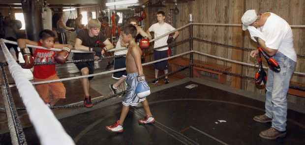 Hooked On Boxing Cedar Valley Club Keeps Its Members In