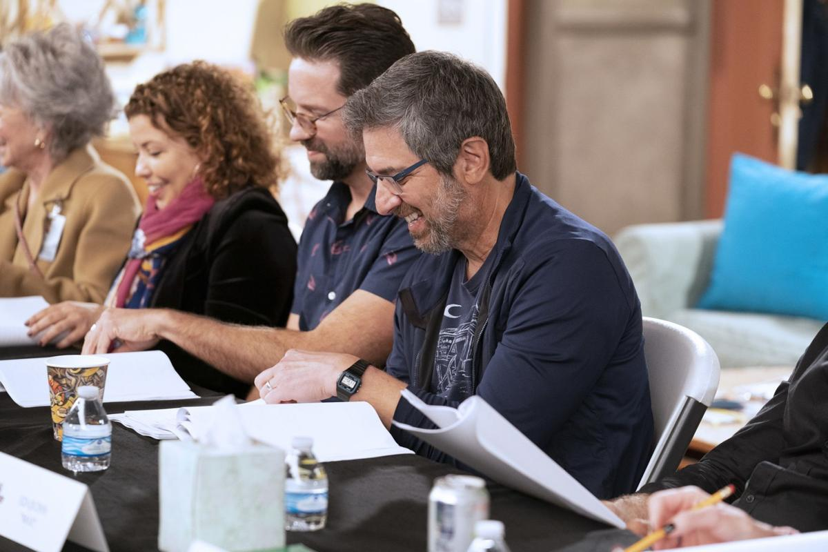 'One Day at a Time' Adds Ray Romano as Season 4 Guest (PHOTOS)