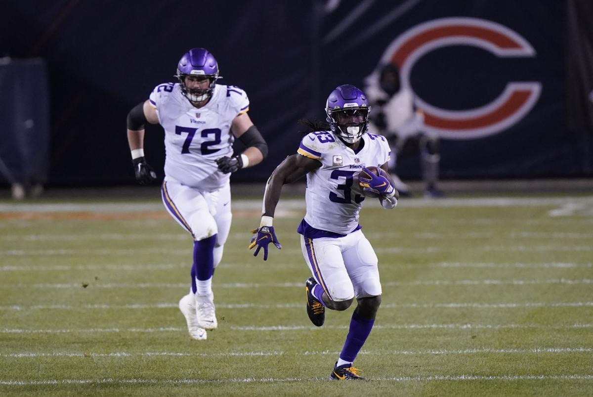 Vikings Bears Football 2