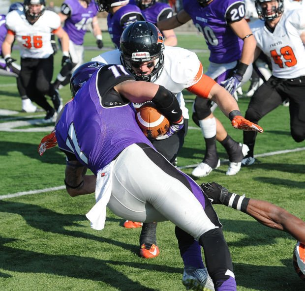 Wartburg football: Rottler's return keys Knights ...