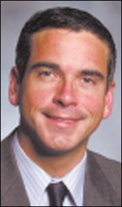 Iowa state senator indicted on attempted extortion charge