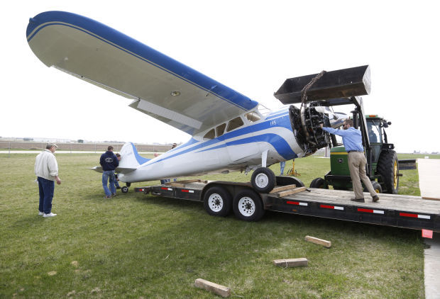 UPDATE: Small plane crashes at Independence airport   Local News
