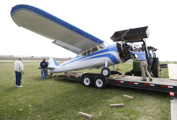 UPDATE: Small plane crashes at Independence airport | Local News