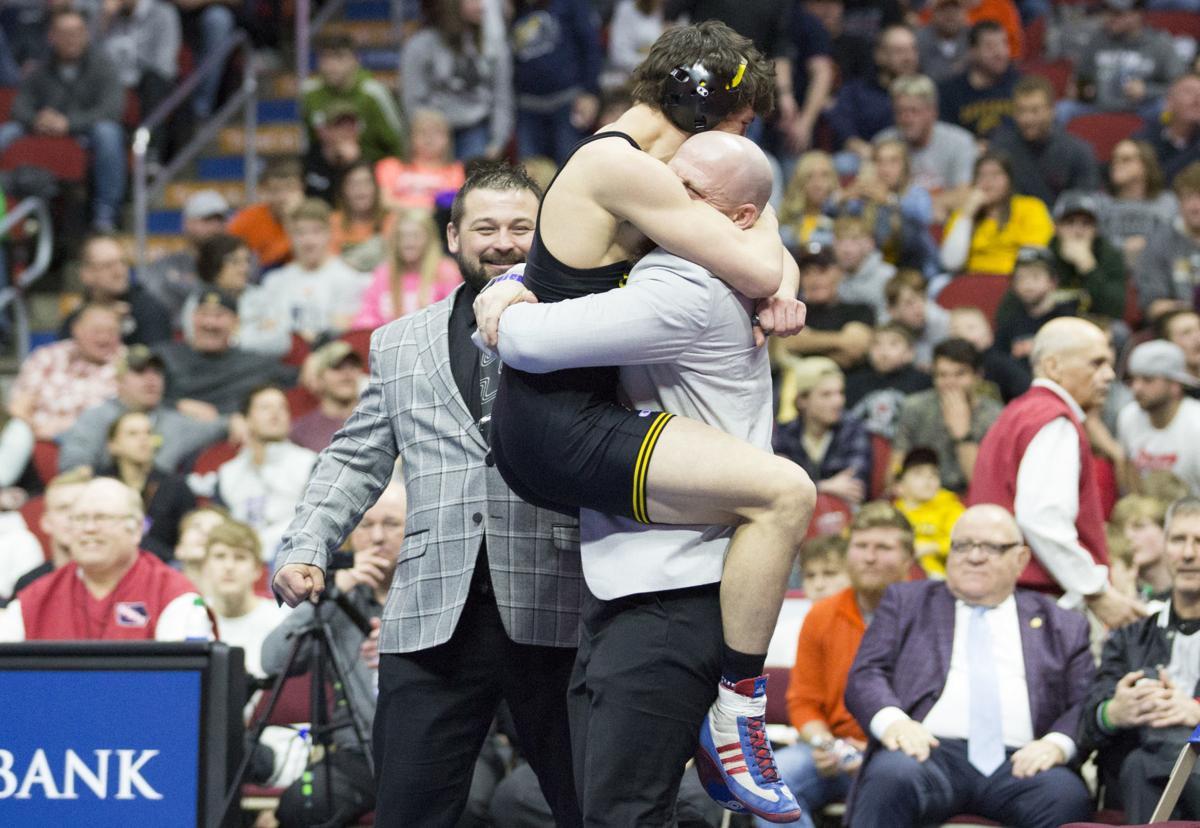022220kw-state-wrestling-championships-05