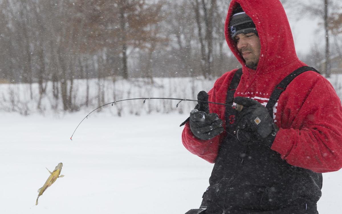 021219kw-ice-fishing-01