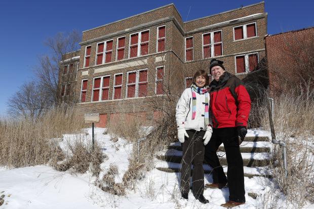 Cedar Falls couple document abandoned schools