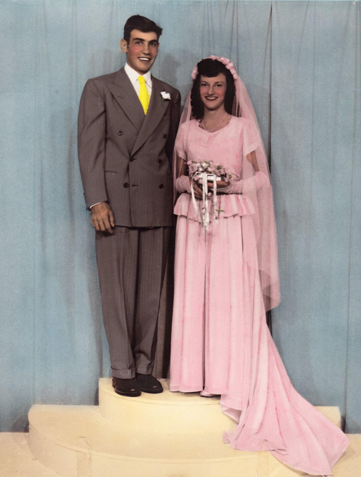 021319ho-old-wedding-photo