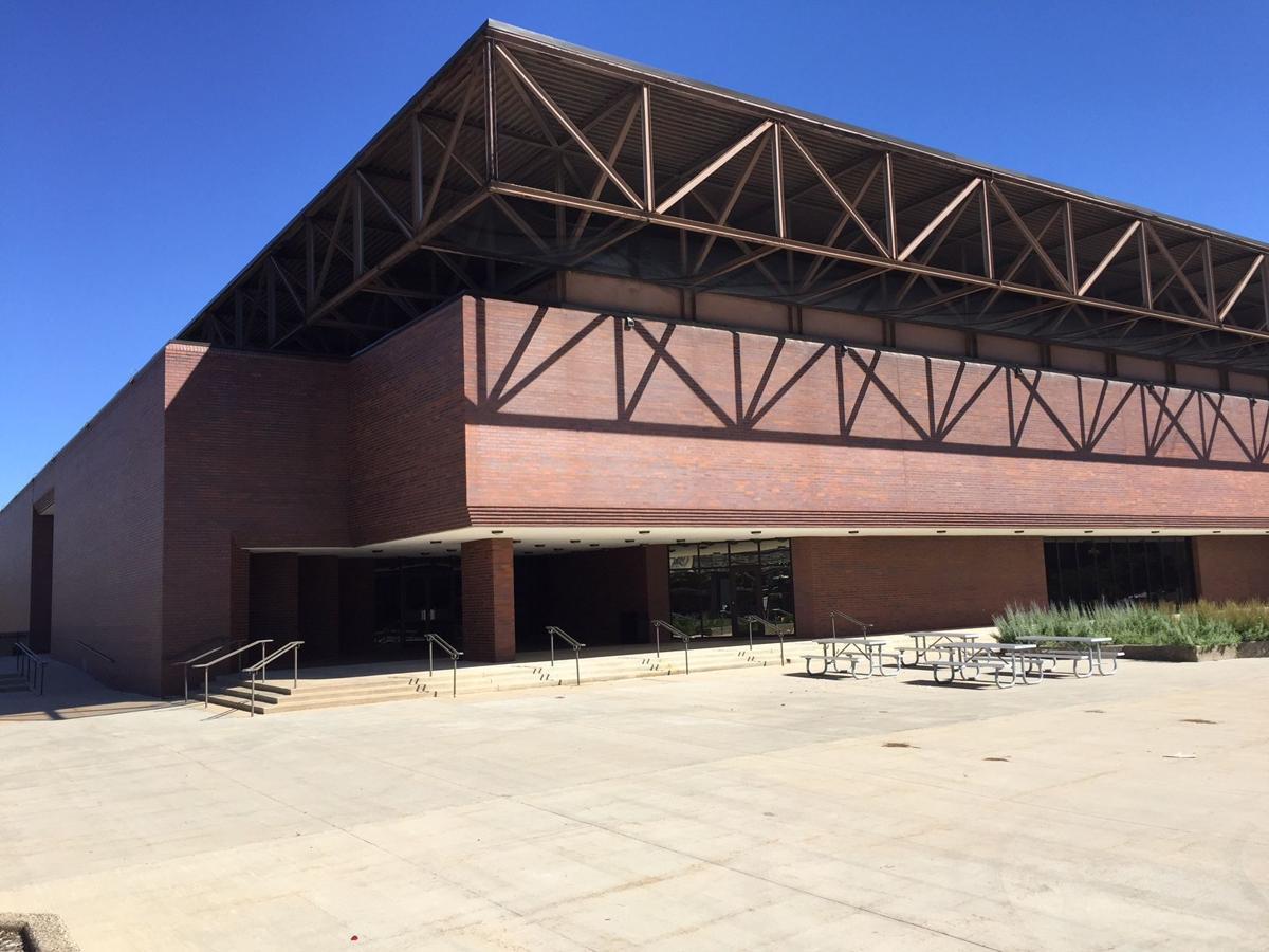 062417nn-five-sullivan-bros-convention-center