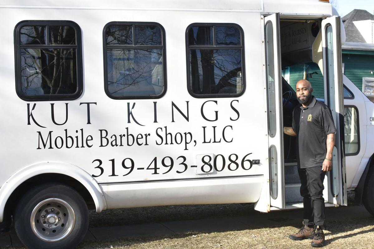 121818tn-bus-cuts2
