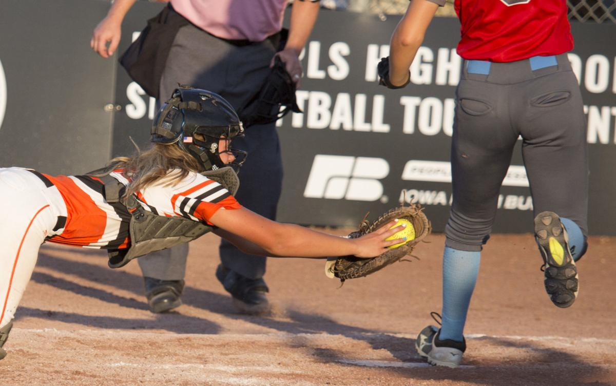 072419-state-softball-charles-city-01