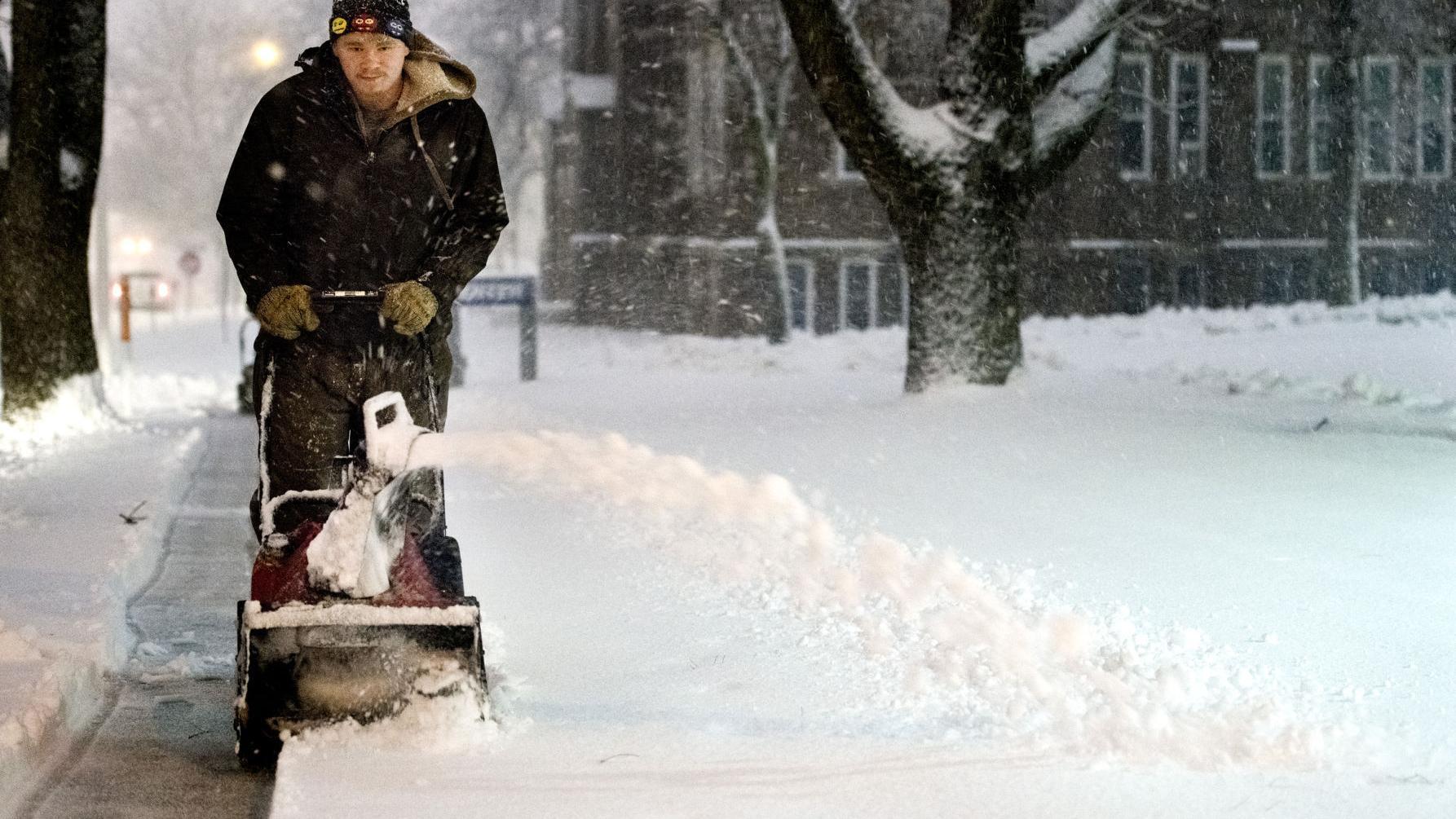 NE Iowa may miss brunt of major snowstorm