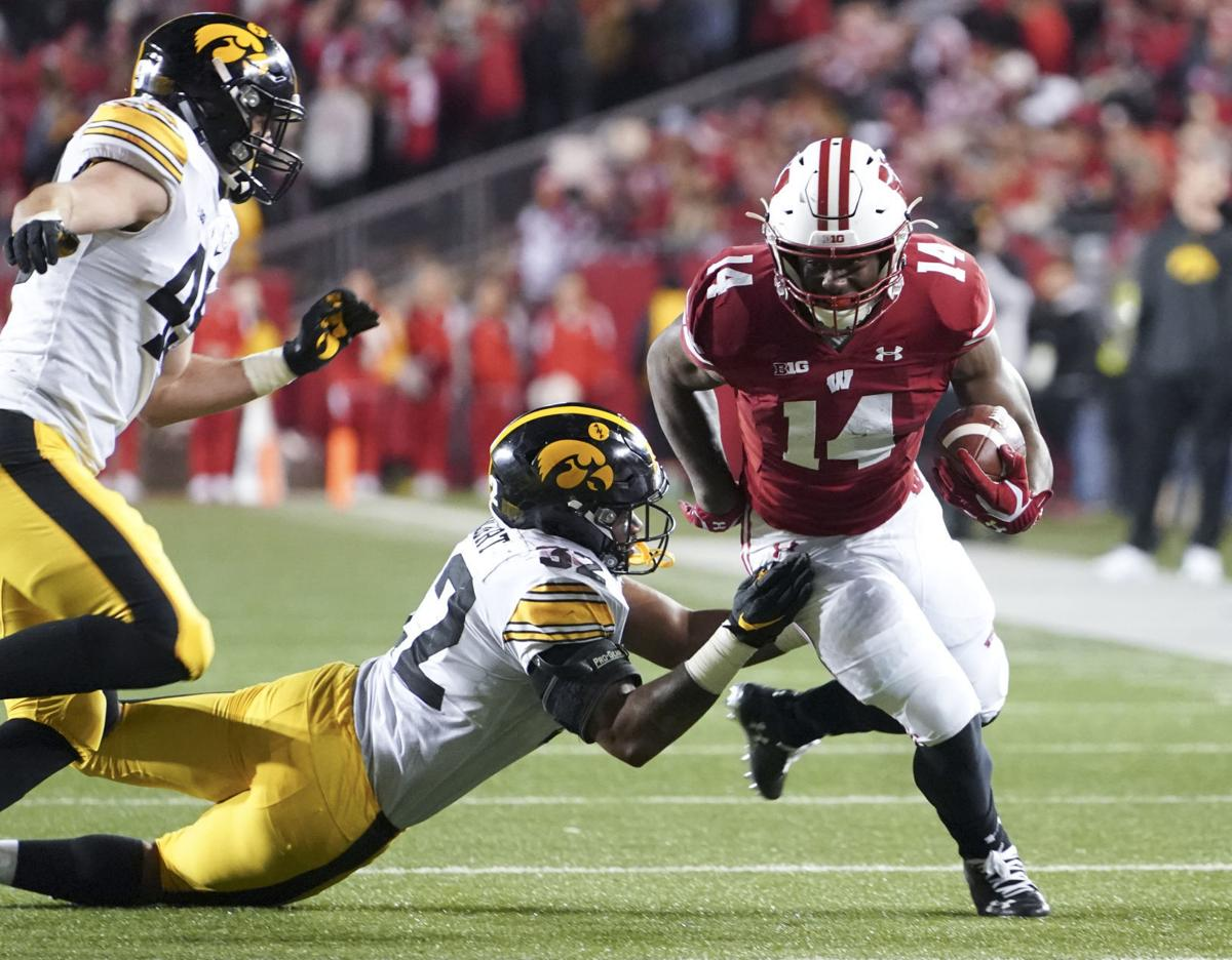 Badgers 24, Hawkeyes 22