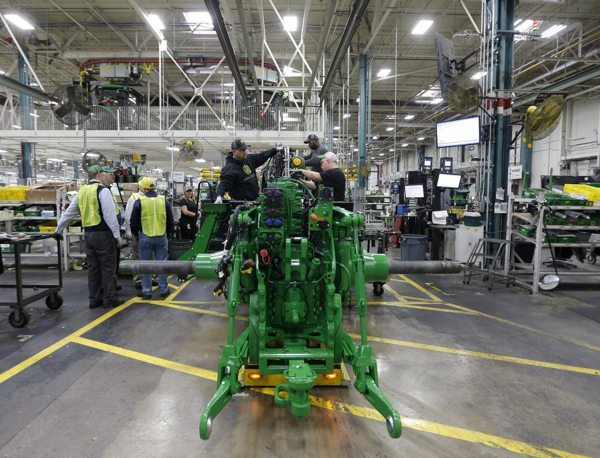 John Deere Assembly Line : Deere earnings up percent waterloo callbacks continue