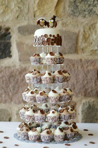 brown cupcakes