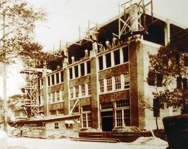 060613ho-KWWL-Building-3