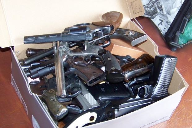 061111jr-Gas-For-Gun