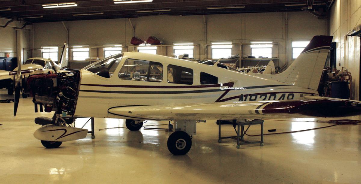 121118kg-airplane