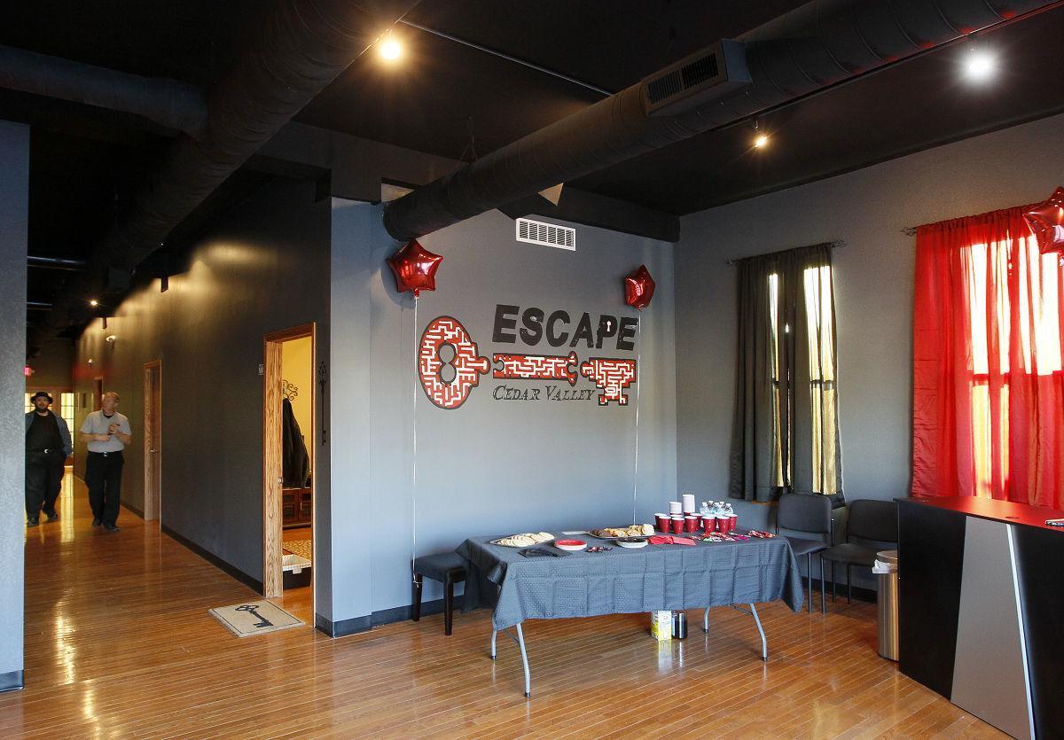 Escape Cedar Valley >> Puzzle Solving Detective Skills Put To The Test In Escape
