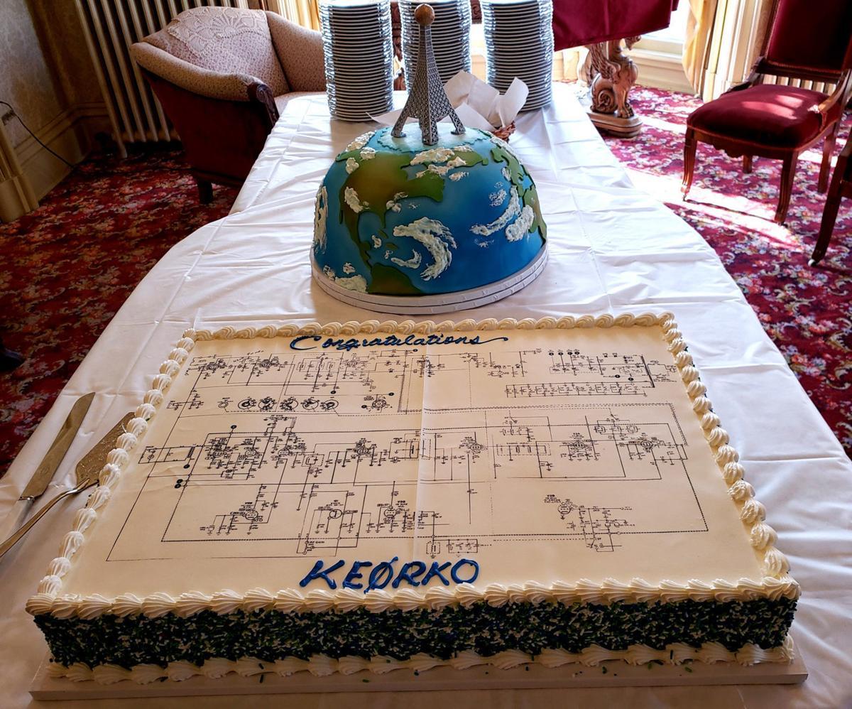 buck world and radio cakes .jpg