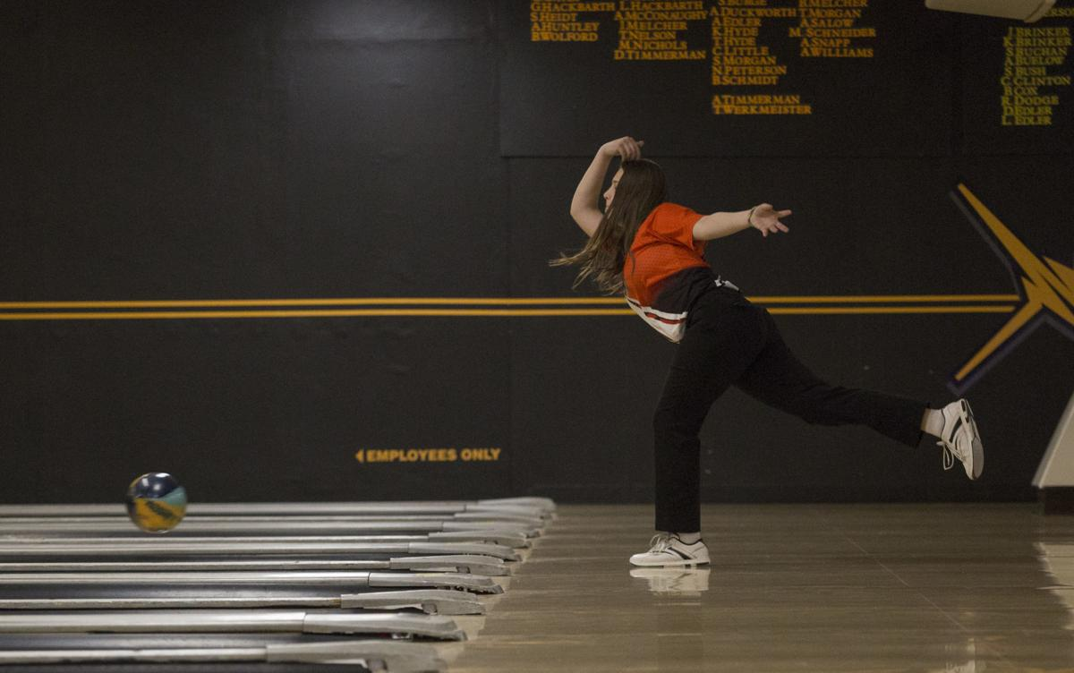 020819kw-cf-waterlooeast-bowling-03