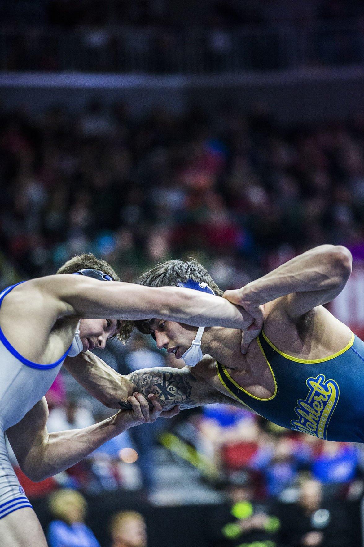 021618ho-state-wrestling-02
