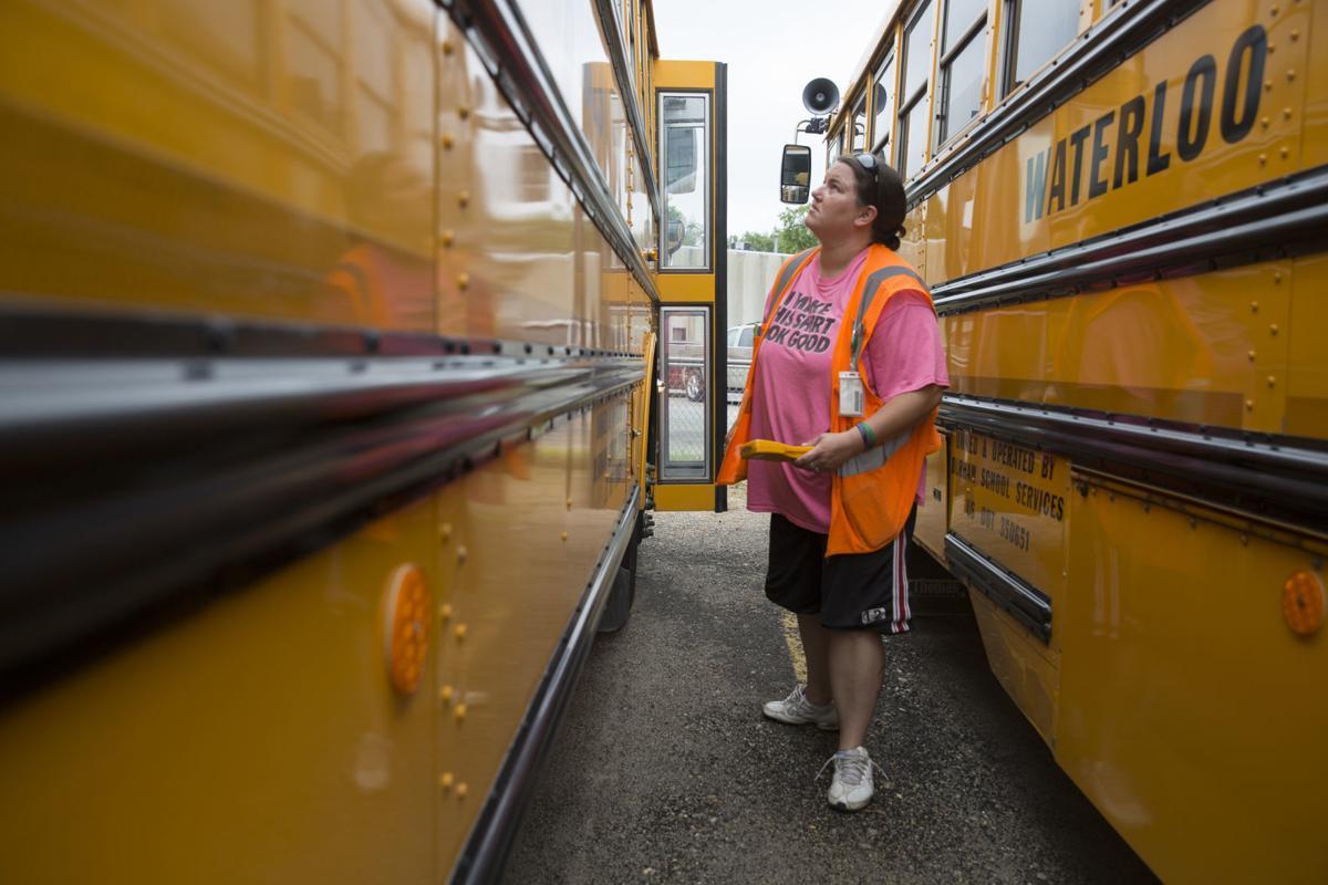 082119kw-school-buses-01