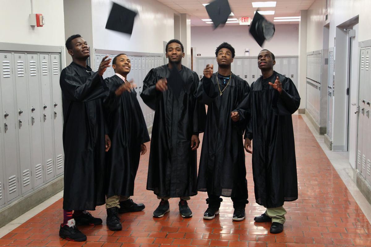 052516mp-Promise-Fund-graduates-2