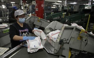 043020ap-postal-service