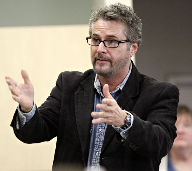 Iowa S Gary Kroeger Recalls His Years On Snl In Time For
