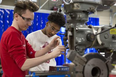 Waterloo Schools' manufacturing apprenticeship will put students on the job