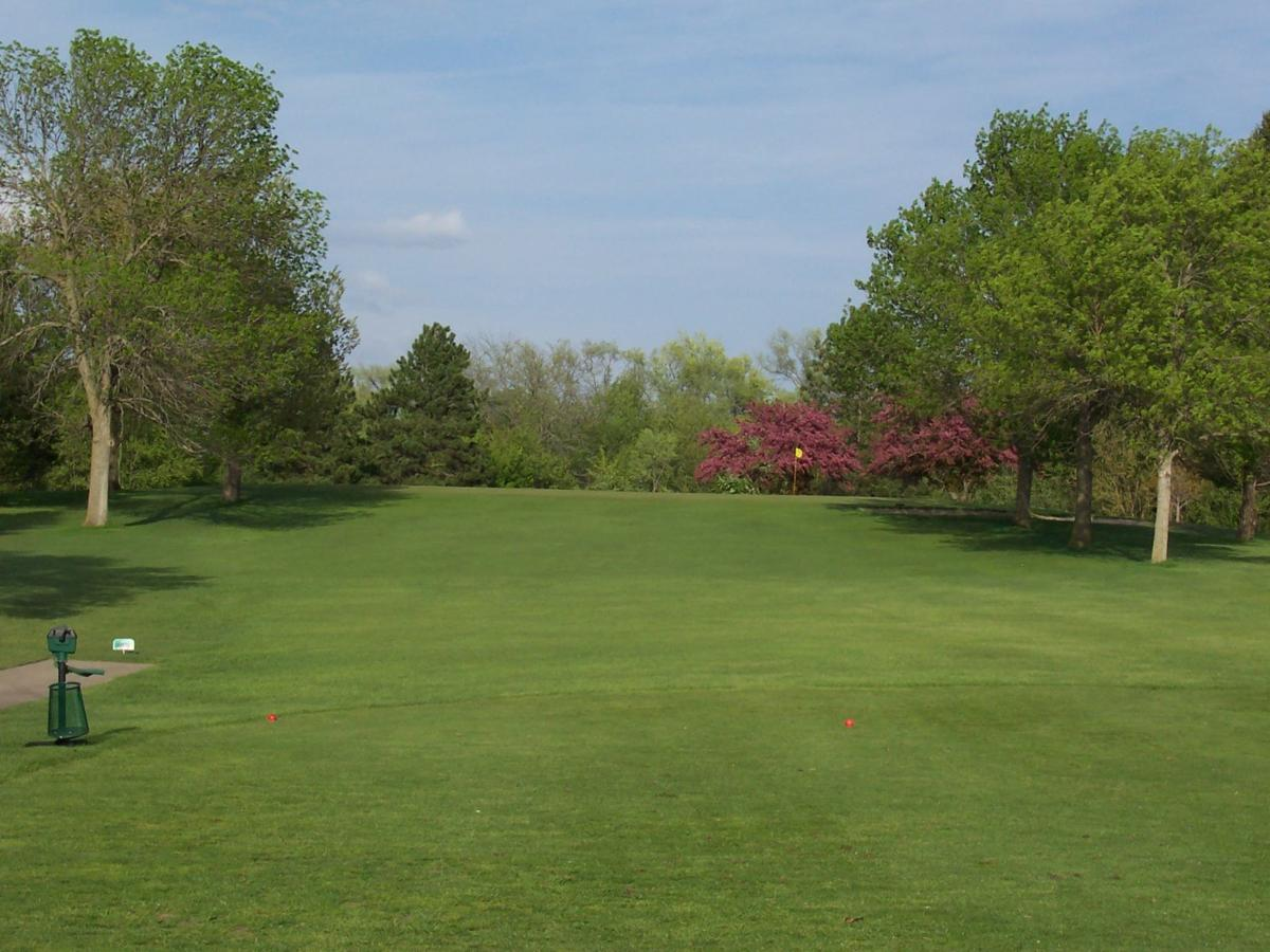 Waterloo Golf Courses To Open Sunday Local Wcfcourier Com