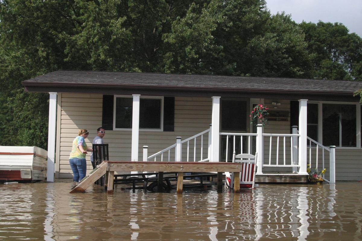 082416jm-flood-freeport01