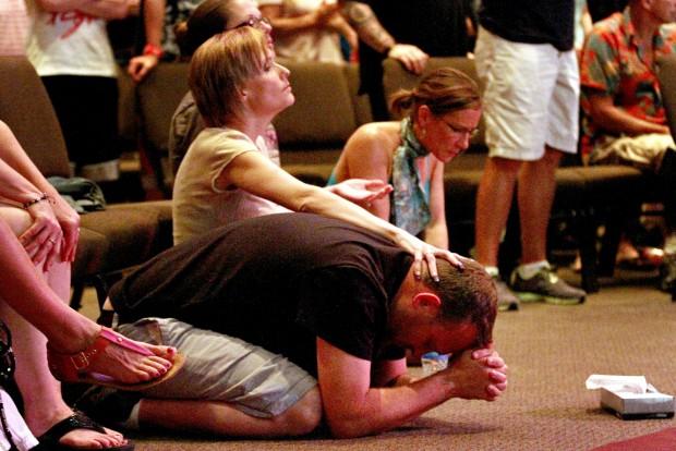 071612djs-prayer-vigil-07