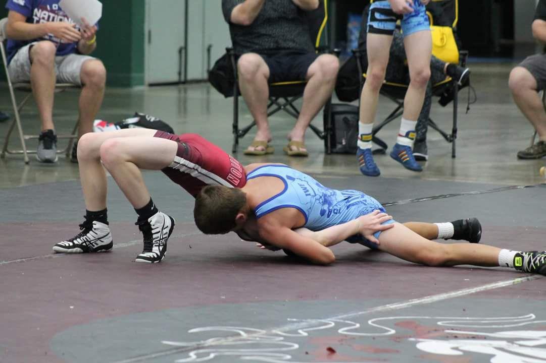Logan Luft wrestling