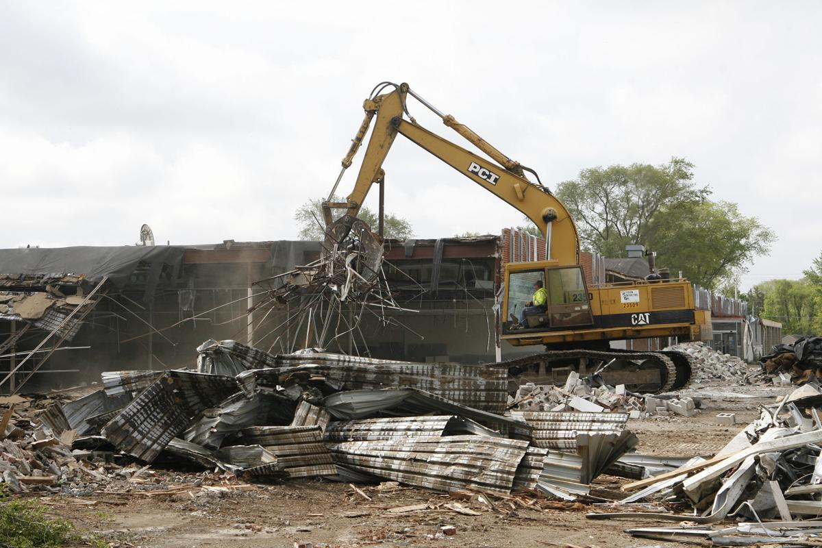 051716mp-Logan-Plaza-destruction-1