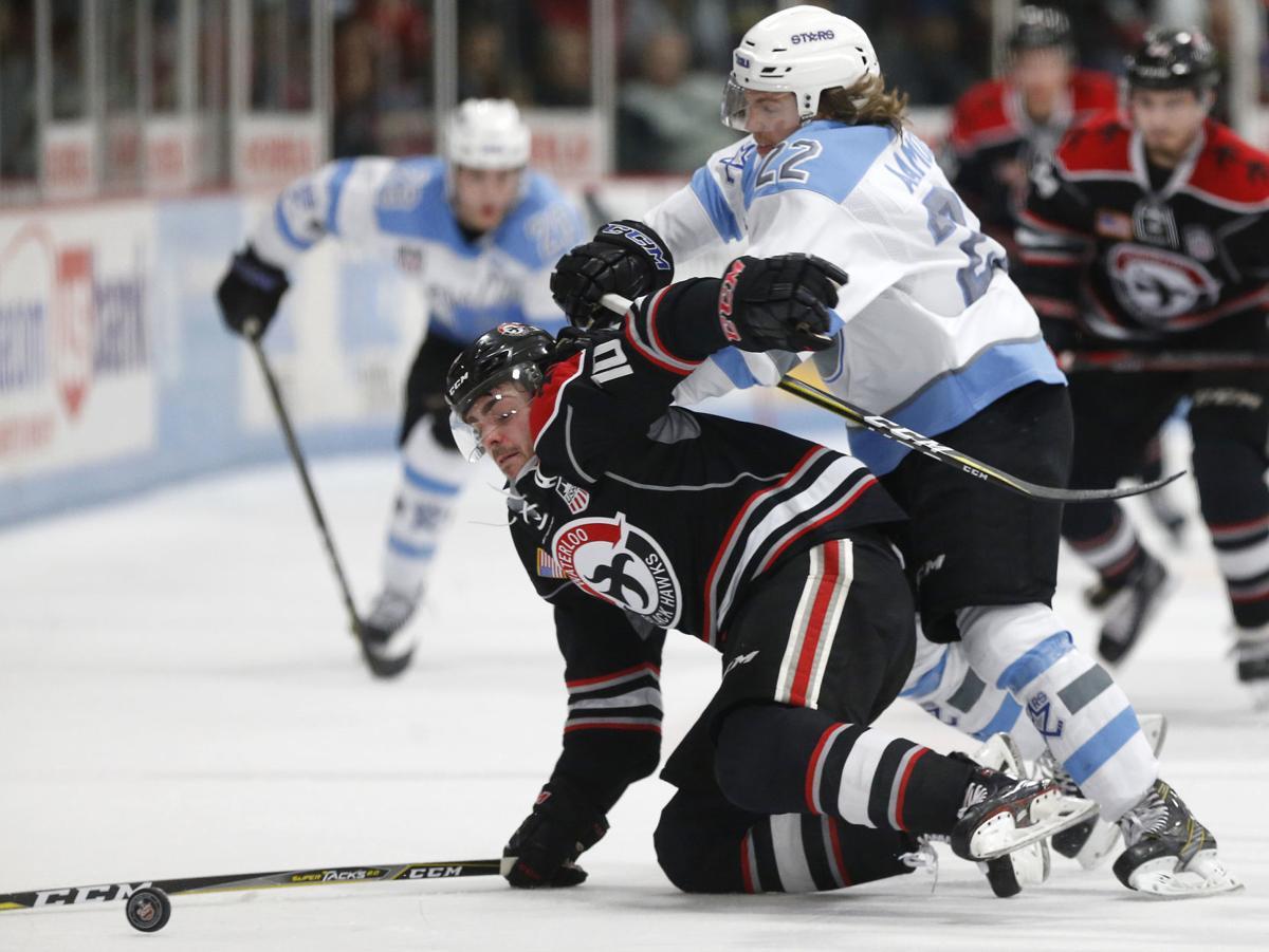 042118mp-Waterloo-hockey-3