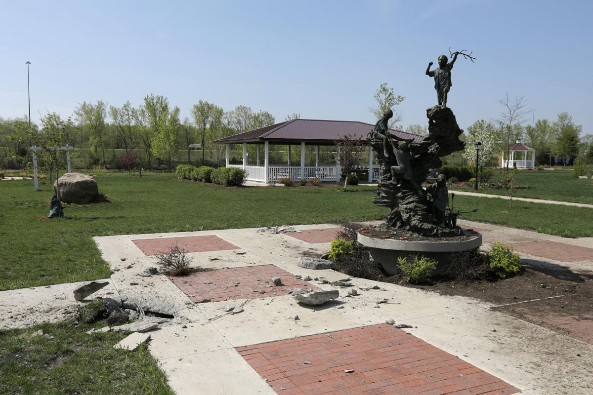 051018mp-Angels-Park-storm-damage-5