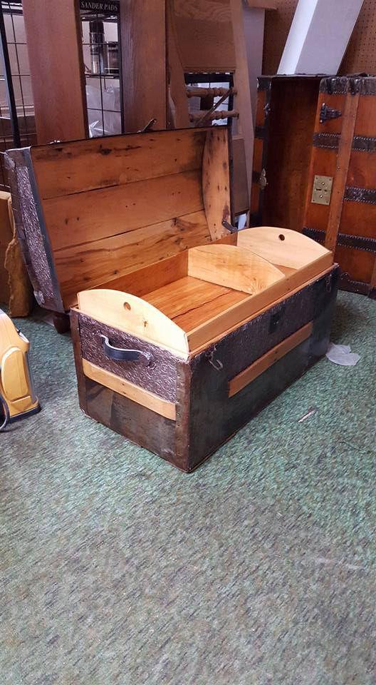 antique trunk.jpg